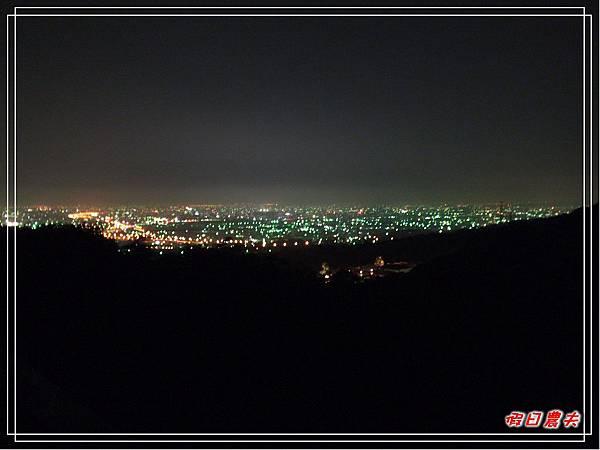 夜光高鐵DSCF4915.jpg