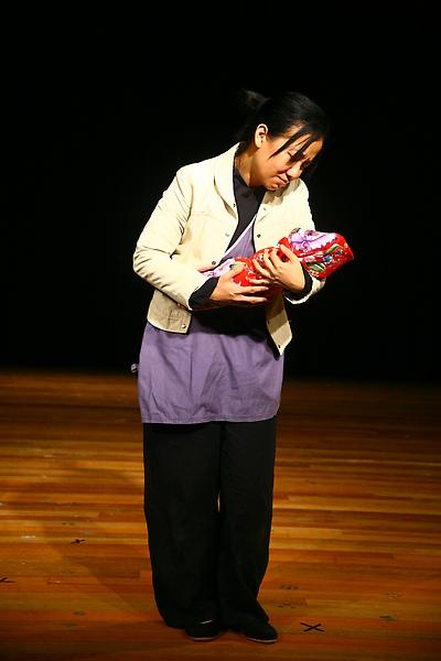 秦香蓮/宜芬老師