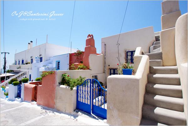 2010-Greece-Santorini-Megalochori 藍頂教堂-060.jpg