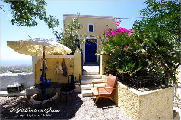2010-Greece-Santorini-Megalochori 藍頂教堂-026.jpg