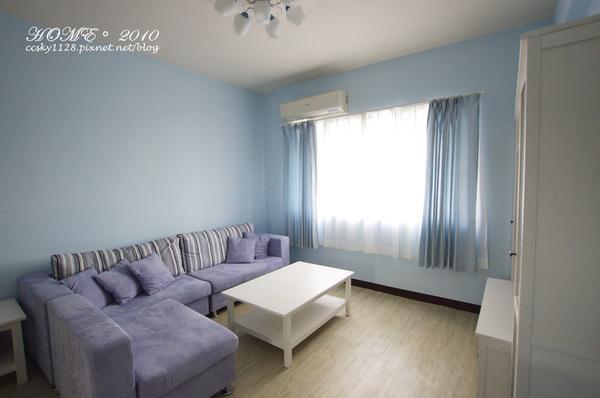 Living room-furnished-08.jpg