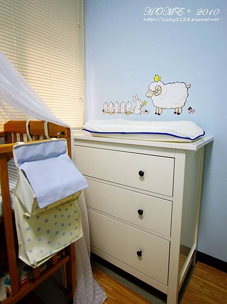 Babyroom-furnished-05.jpg