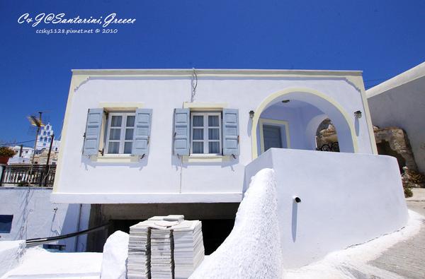 2010-Greece-Santorini-Megalochori 藍頂教堂-005.jpg