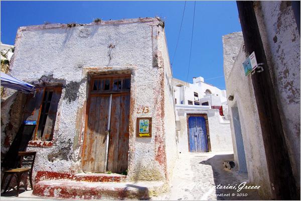 2010-Greece-Santorini-Megalochori 藍頂教堂-019.jpg