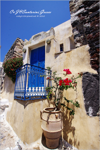 2010-Greece-Santorini-Megalochori 藍頂教堂-034.jpg