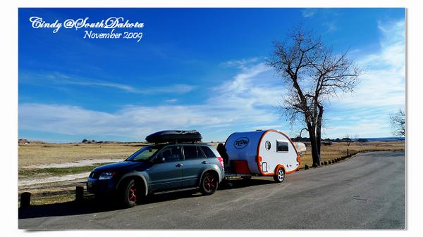 Badland Camping-02.jpg