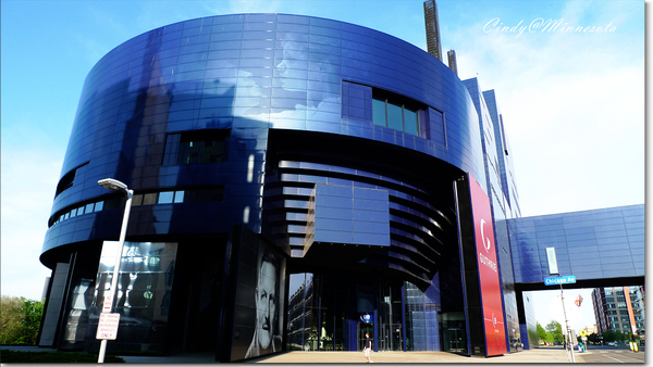 Guthrie Theater-03.jpg