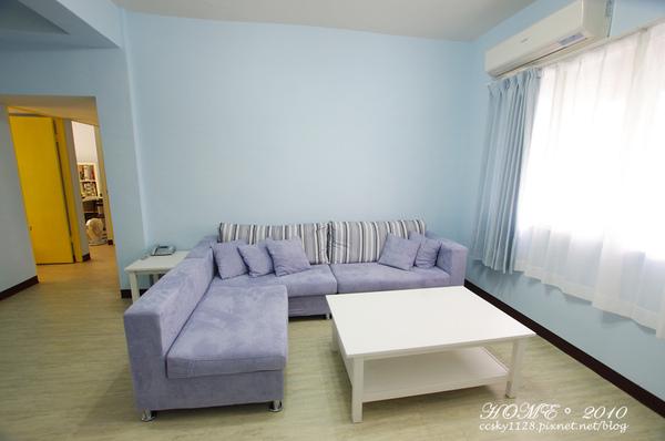 Living room-furnished-03.jpg