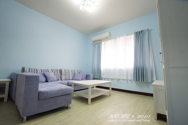Living room-furnished-02.jpg
