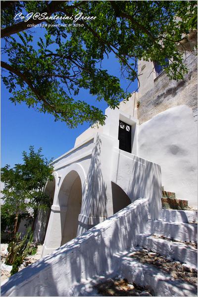 2010-Greece-Santorini-Megalochori 藍頂教堂-030.jpg