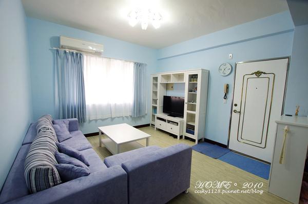 Living room-furnished-01.jpg