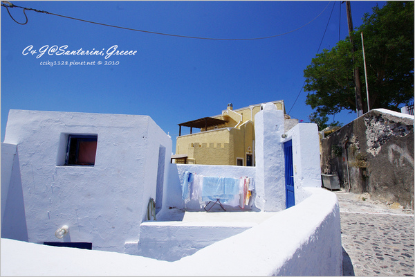 2010-Greece-Santorini-Megalochori 藍頂教堂-020.jpg