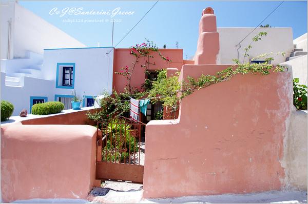 2010-Greece-Santorini-Megalochori 藍頂教堂-061.jpg