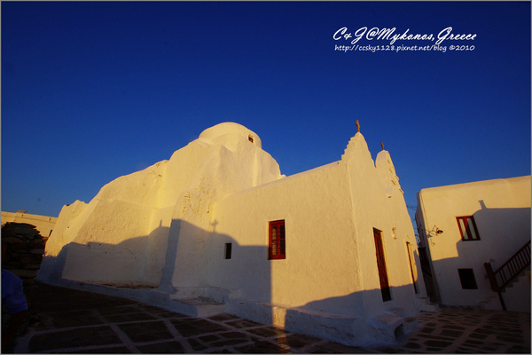 2010-Greece-Mykonos-Paraportiani Church-01.jpg