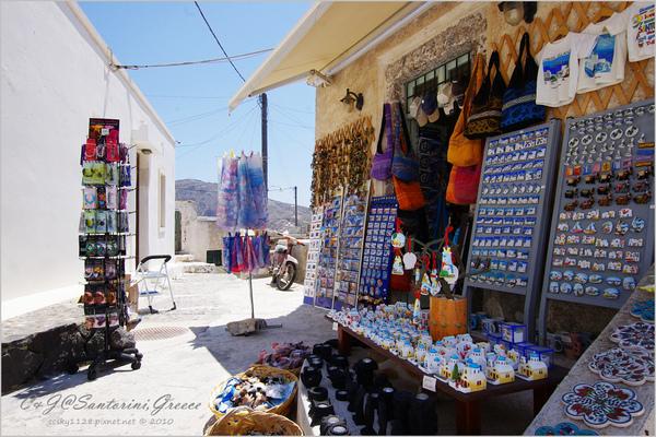 2010-Greece-Santorini-Megalochori 藍頂教堂-008.jpg