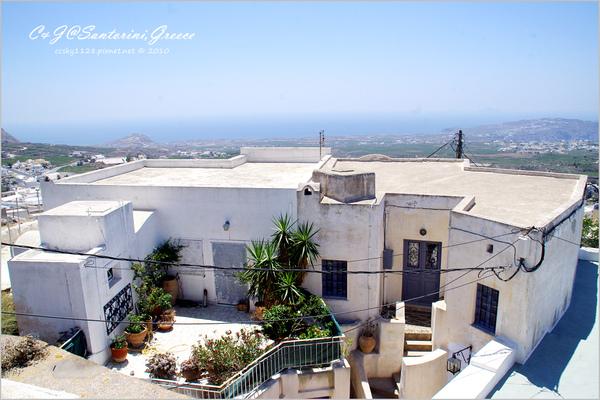 2010-Greece-Santorini-Megalochori 藍頂教堂-038.jpg