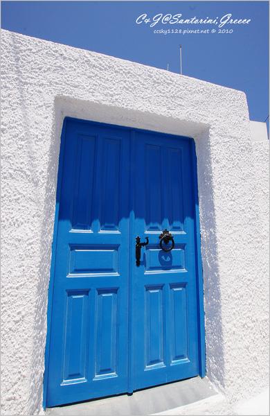 2010-Greece-Santorini-Megalochori 藍頂教堂-007.jpg