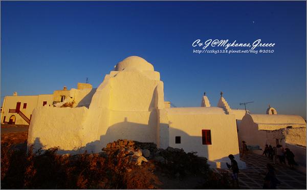 2010-Greece-Mykonos-Paraportiani Church-02.jpg