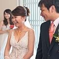 愛笑的新娘