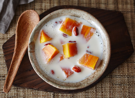 sweet-papaya-milk-soup.jpg