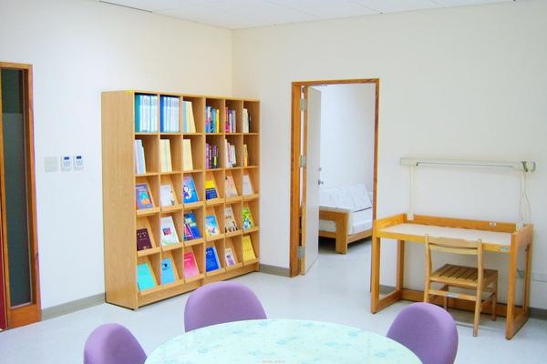 書櫃照片4.jpg