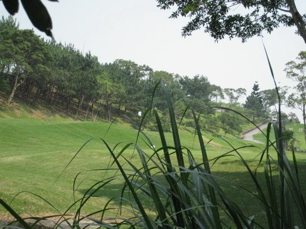 03-01_林美石磐步道-旁的高爾夫球場.jpg