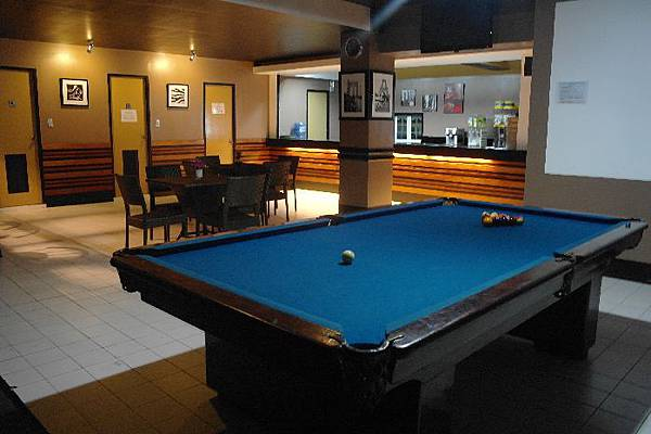 Roof Top Billiard (PELIS Banilad).JPG