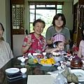 姑婆家慶生_吃蛋糕_20110703.jpg