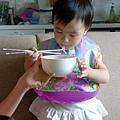 用筷子吃麵_20110626.jpg