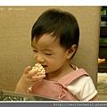 吃爆米香_20110729.jpg