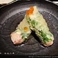 三井_炸黑鮪魚包_20110806.jpg