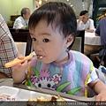 新竹煙波_吃蛋糕2_20110807.jpg