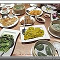 吉品海鮮_整桌_20110911.jpg