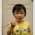 很乖的吃麵2