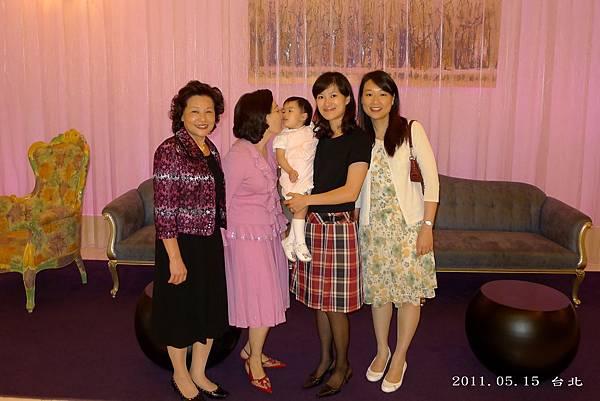 婚禮_合照3_20110515.jpg