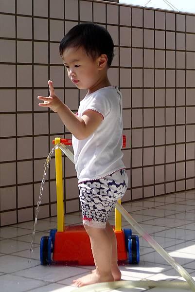 洗陽台_比2_20110521.jpg