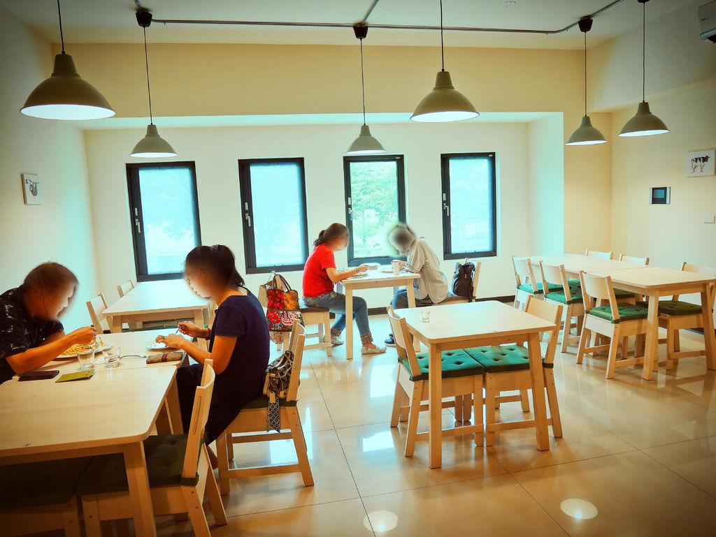 耶米洛蔬食餐廳