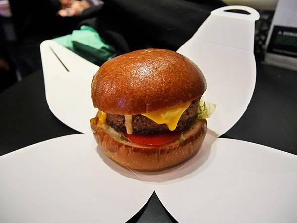 未來漢堡 BEYOND MEAT BURGER