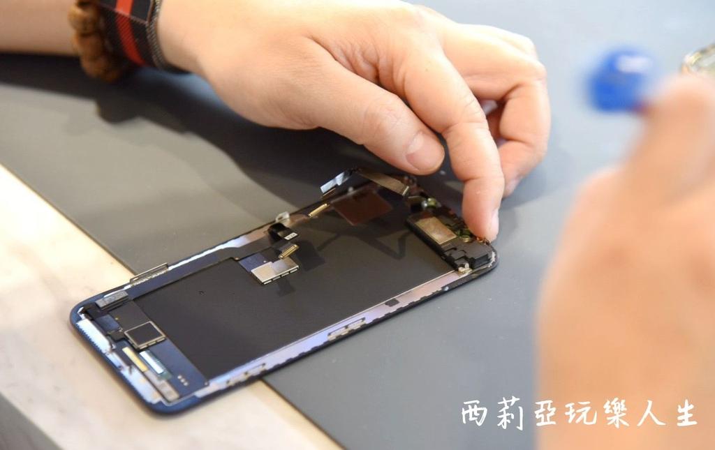 勤美iPhone換螢幕-勤美iPhone螢幕維修推薦