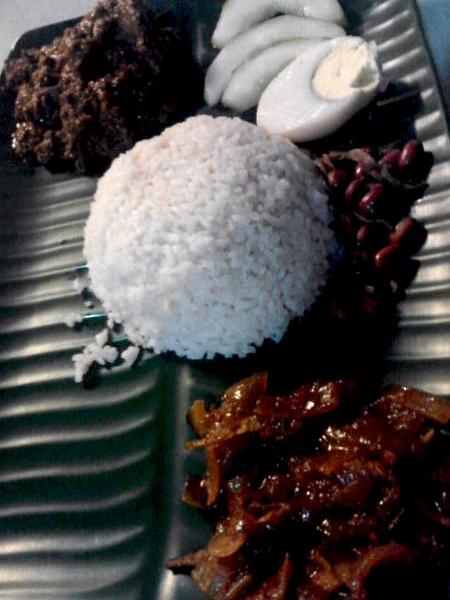 nasi lemak rendang beef.jpg