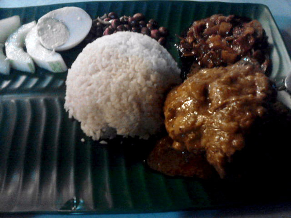 nasi lemak curry chicken.jpg