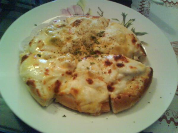 午餐 -- DOUBLE 起士小披薩