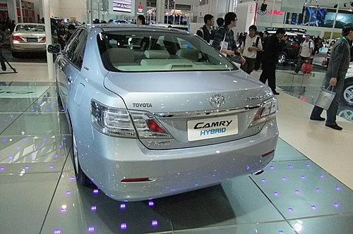 街頭獵殺(台北松山):toyota Acv40 Camry 改 Hybrid 尾燈 Celsior S