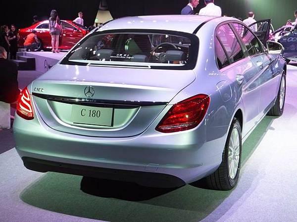 Mercedes-Benz W205 C-Class (7)
