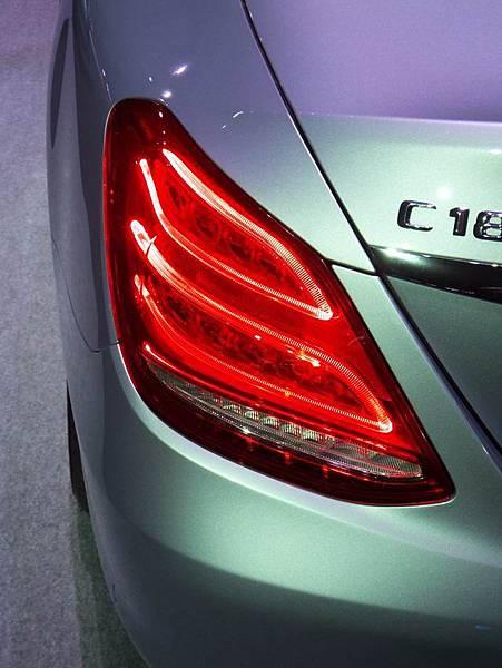 Mercedes-Benz W205 C-Class (8)