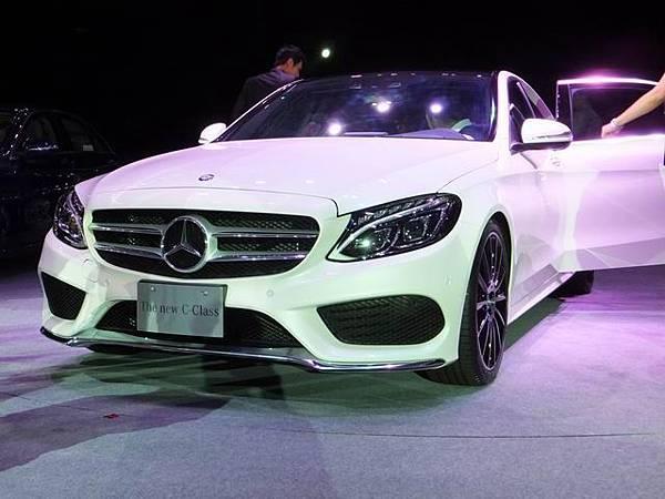 Mercedes-Benz W205 C-Class (49)
