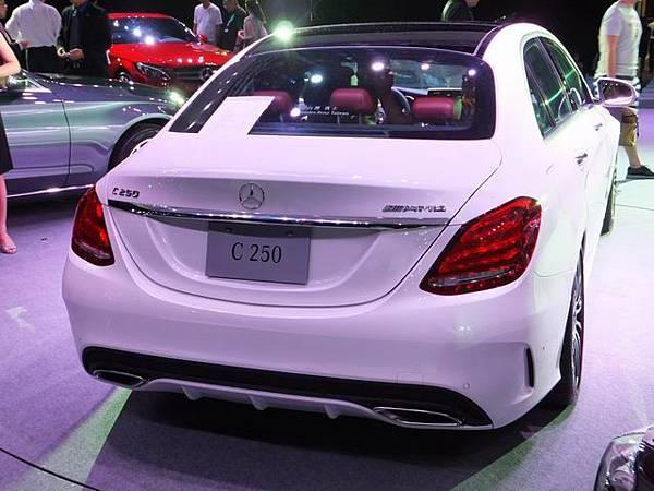 Mercedes-Benz W205 C-Class (54)