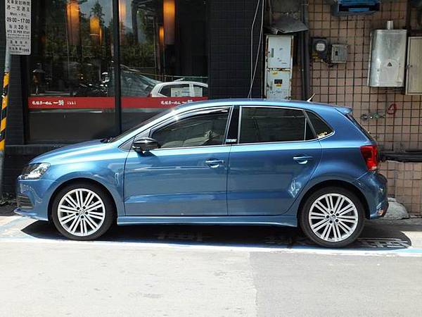Volkswagen Polo V BlueMotion GT (8)