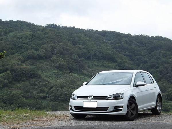 Volkswagen Golf VII (1)