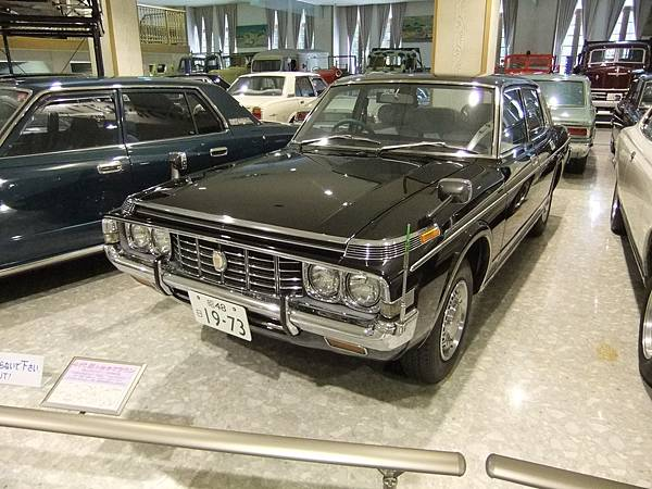 TOYOTA CROWN MS60